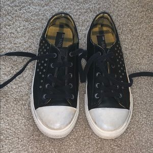 Truth and rock music Zara shoes